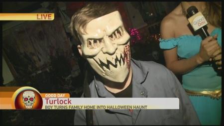 turlock-halloween-house-1