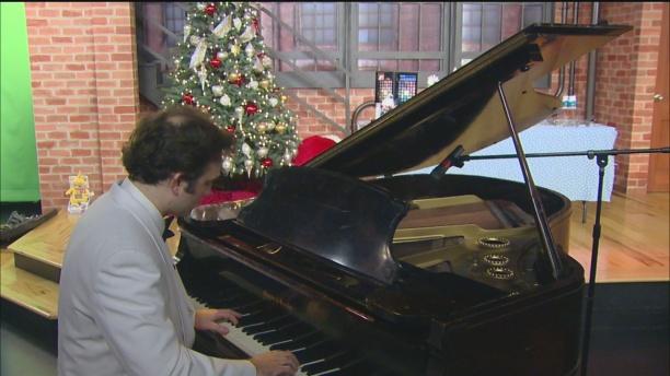 christmas-piano-2